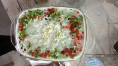 cucumber salad with yogurt, garlic and green pepper